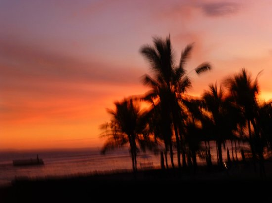 Candi Beach Resort & Spa: sunset