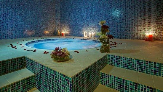 Ayla Hotel: Pulse Health Club - Jacuzzi