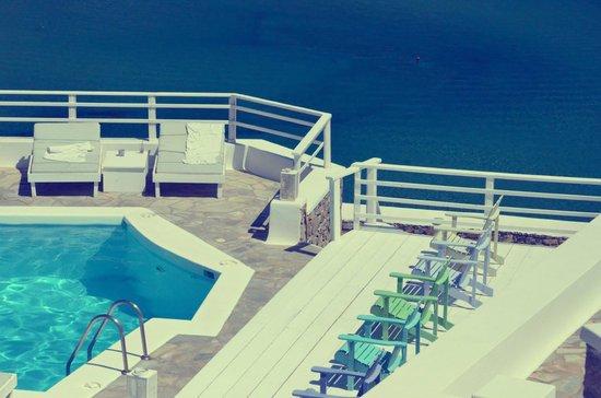 Pietra E Mare: Deck pool side area