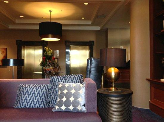 The Paramount Hotel: エレベーター