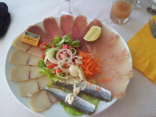 La Saladerie : assiette de poisson fumé