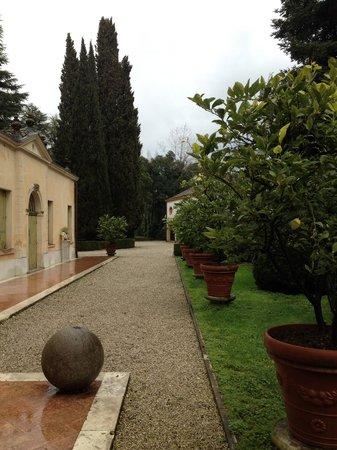 Relais Barco Zonca: Giardino della villa