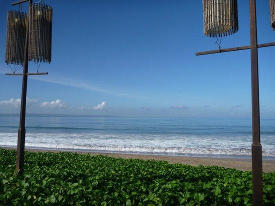 The Samaya Bali Seminyak: Beach at breakfast