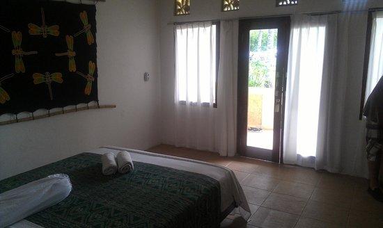 Satu Tiga Resort: entry to the room