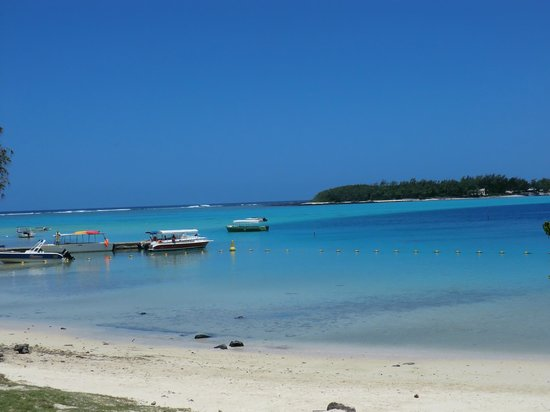 blue bay - Picture of Taxi Guide Ile Maurice, Terre Rouge - TripAdvisor