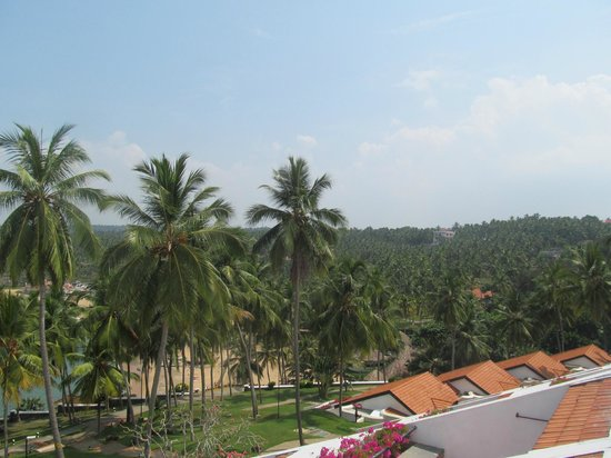 The Leela Kovalam Beach: View from Reception