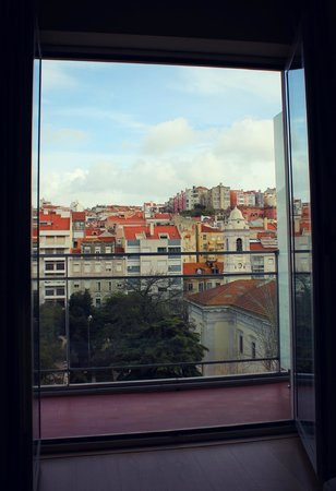 Lisbon City Hotel: View from the balcony.