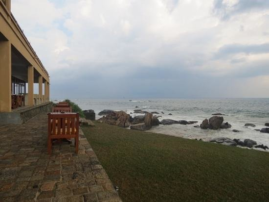 Jetwing Lighthouse: This is rhe view we had with breakfast. Amazing