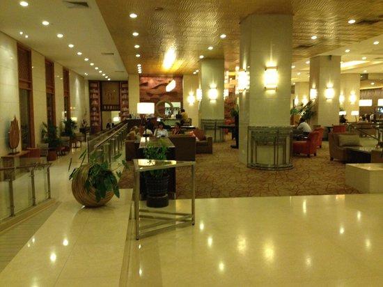 Cinnamon Lakeside Colombo: hall