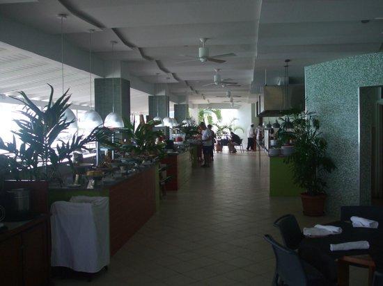 Sonesta Great Bay Beach Resort, Casino & Spa: bayview food stations