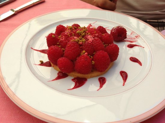 La Plancha : Tartelette aux framboises et sa crème légère