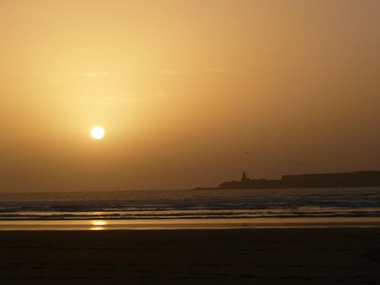 Riad Zahra: Beach
