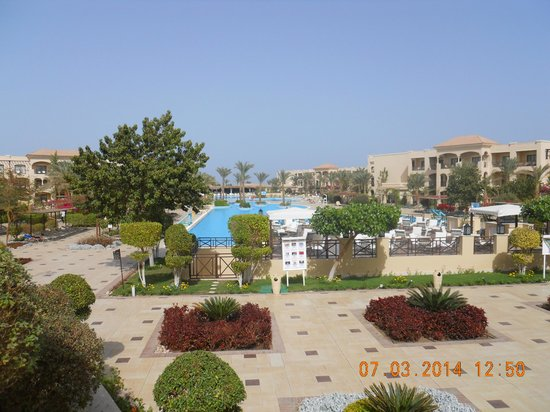Jaz Aquamarine Resort: A view of one of the many pools