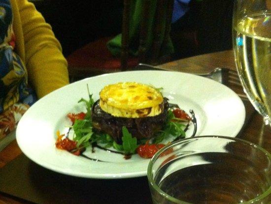 The Strand Bistro : Mushroom with caramelised onions, dressed salad
