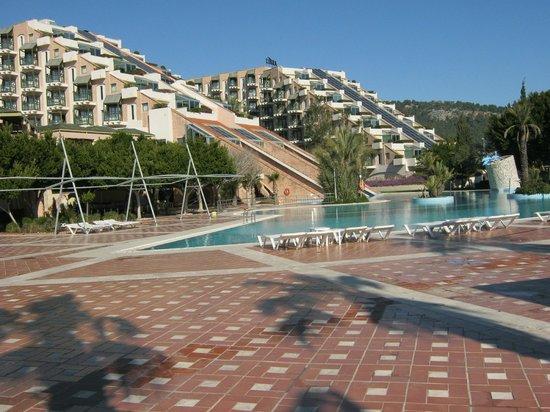 Limak Limra Hotel & Resort: extérieur de l hôtel