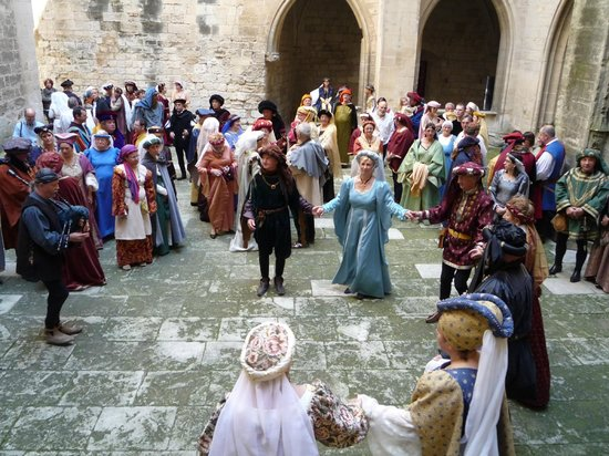 Chateau de Tarascon: folclore