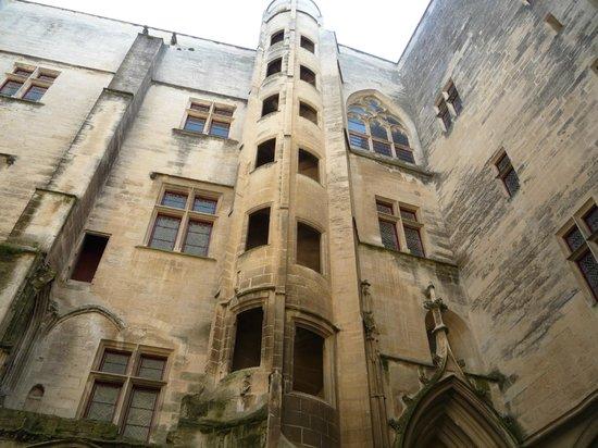 Chateau de Tarascon: chateau