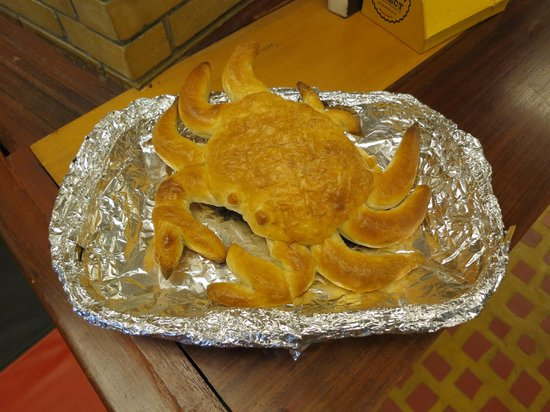 Baker Street: Crab shaped bread