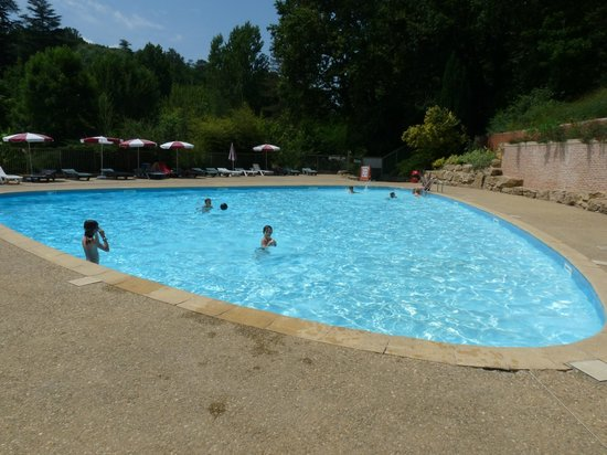 La piscine photo de camping moulin de david monpazier for Piscine de moulins