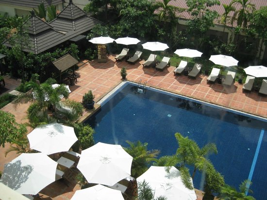 Royal Empire Hotel : Swimming Pool