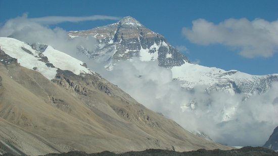 Mt. Qomolangma Nature Reserve: A sight that was extreemly hard to leave