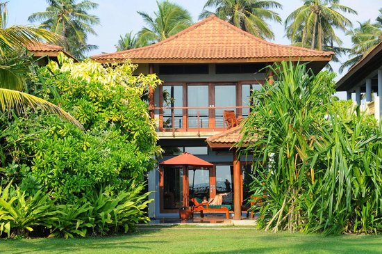 Serene Pavilions: our beach villa from the garden