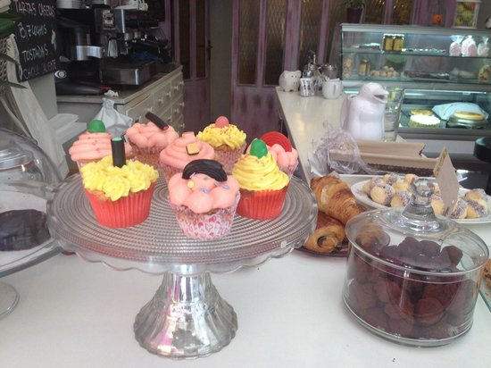 Meyvi : Cup cakes , trufas, alfajores!