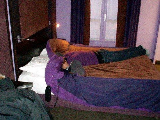 Hotel Courcelles Etoile : la camera