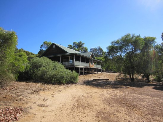 Yallingup Forest Resort: Chalet 4B