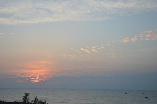 Romana Resort & Spa: The sunrise