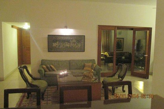 Thikana: Dining and lounge