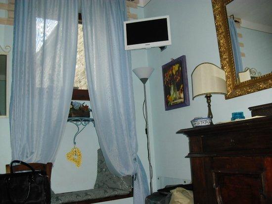 Bed and Breakfast A Casa delle Fate: verso i tetti di assisi