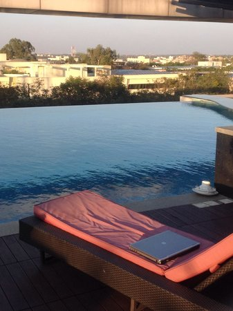 Crowne Plaza Bengaluru Electronics City: City view from pool deck