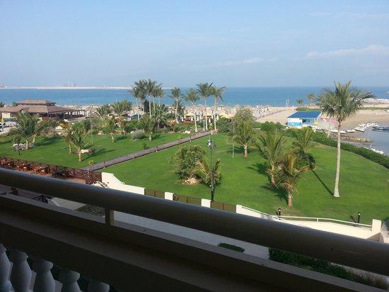 Al Hamra Village Golf & Beach Resort: view from balcony