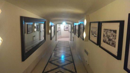 Hotel do Cerro : Underground passage linking buildings