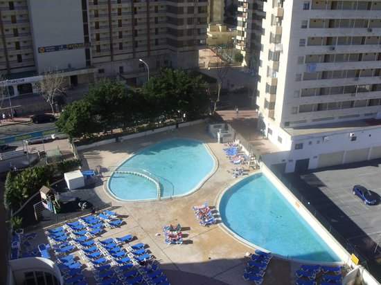 Dynastic Hotel : view of the pool area from balcony