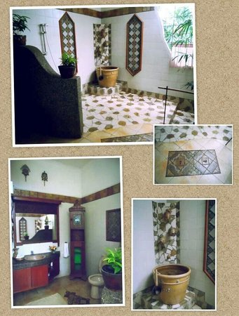 Widayanto Ceramic House: At the artist's gorgeous home - beautiful ceramic works in the bathroom!