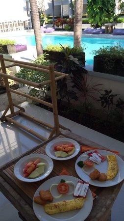 Kutaville : Breakfast awaiting at your front door