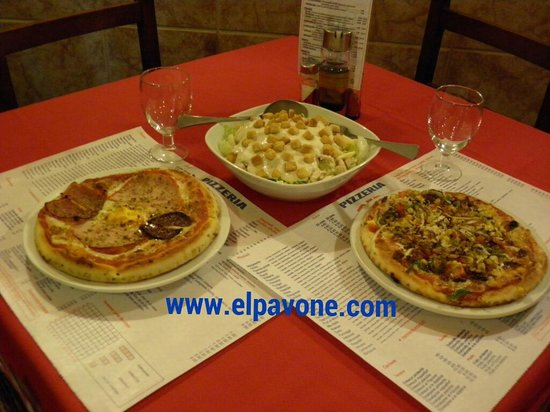 Pizzería El Pavone: Hoy toca pizza y ensalada César! ummm