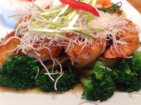 Mai Thai Restaurant : Grilled Shrimp w Three Flavors Chili Sauce