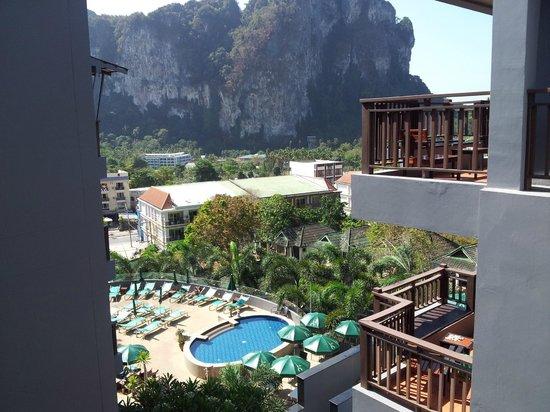 Krabi Cha-Da Resort: Вид из коридора
