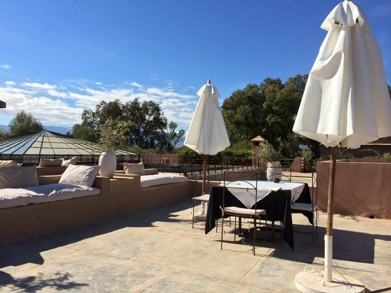 The Capaldi : Rooftop terrace at breakfast
