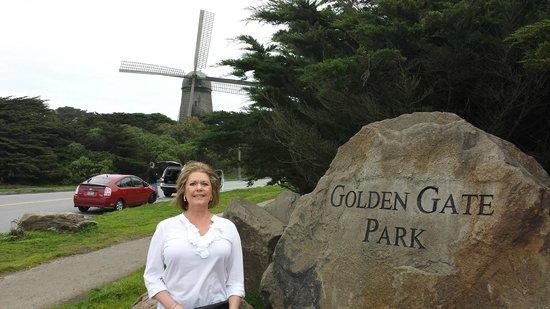 Golden Gate National Recreation Area (Golden-Gate-Erholungsgebiet): Dutch Windmill near Ocean Beach
