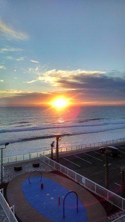 Hampton Inn Daytona Beach/Beachfront: view from our room