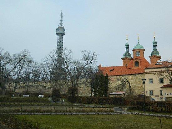 Petrin Tower (Rozhledna) : La torre di Petrin