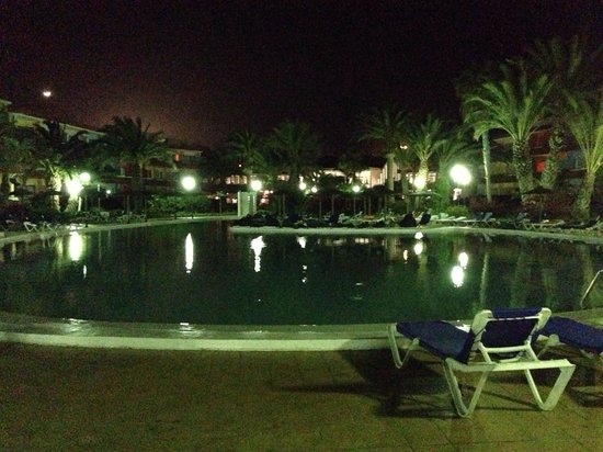 Hotel SBH Fuerteventura Playa: Di notte
