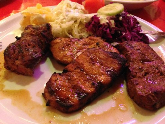 Das Ding: Mixed Grill with Red & White Cabbage