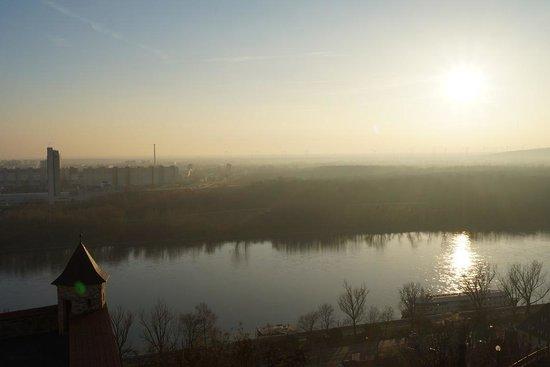 El Castillo de Bratislava(Hrad): 中世の佇まいを残す首都ブラチスラバが一望