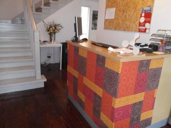Estoril Beach House: Recepção