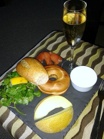 The Chester Residence: champagne breakfast